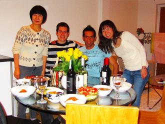 イタリア人とポルトガル人の友人を招いて